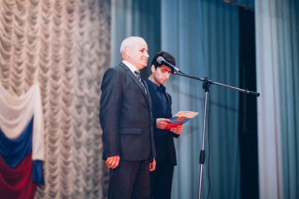 Глава района и глава администрации поздравили сотрудников органов внутренних дел с профессиональным праздником