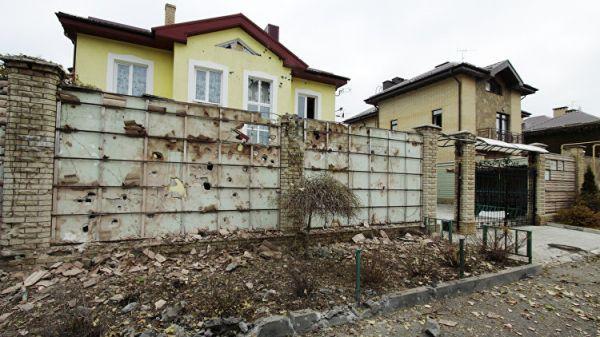 Силовики занеделю неменее 300 раз нарушили перемирие вДонбассе