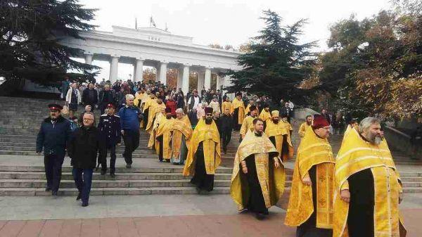 Севастопольцы почтили память павших в ходе исхода Русской Армии из Крыма
