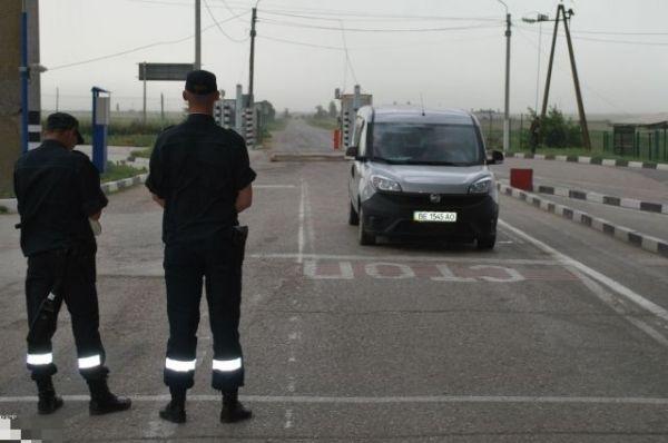Украинца задержали при попытке провезти вКрым сильнодействующие препараты