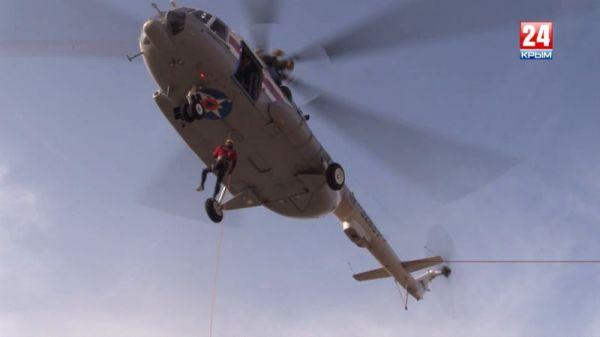 Десантирование без парашюта: крымские спасатели придут на помощь в любых условиях