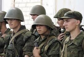 Военные в Бахчисарае прилюдно спиваются и бредят