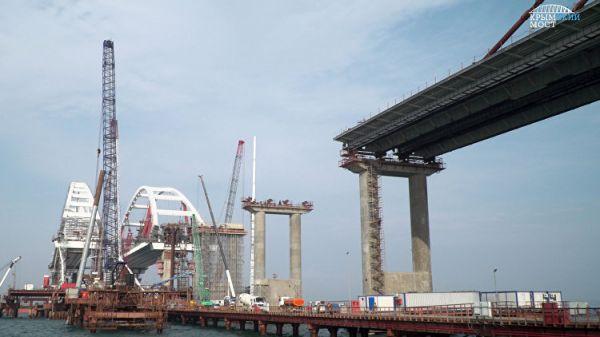 Мост в Крым хотят связать прямой железной дорогой с Симферополем