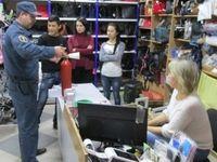 Крымские спасатели проводят комплекс профилактических мероприятий на объектах торговли во всех городах и районах Республики Крым