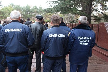 ВХасавюрте отметили день Неизвестного бойца