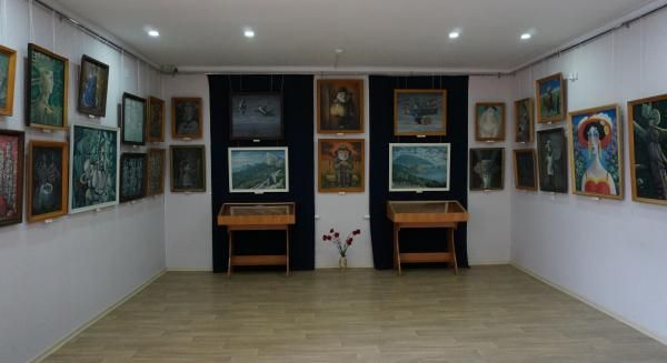 В Крымскотатарском музее культурно-исторического наследия представлена персональная выставка Кязима Джеппарова