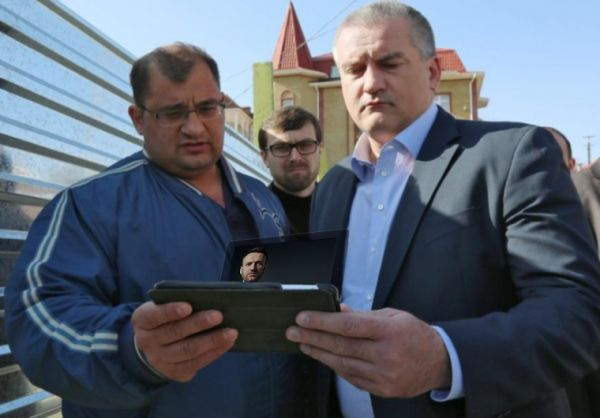 Навальный не ведет в Крыму никакой деятельности