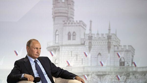 Аксенов овыдвижении В. Путина : сегодня все вздохнули соблегчением