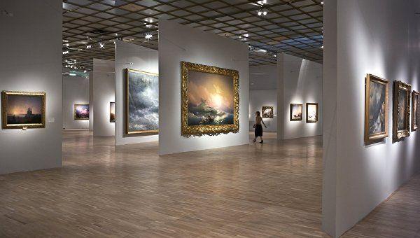 Канадец хочет продать картину Айвазовского, но не может определиться с ценой