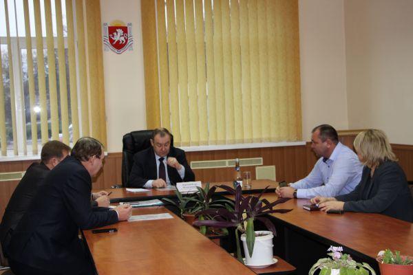 В администрации Бахчисарайского района провёл выездной приём граждан начальник Инспекции по труду Республики Крым Игорь Зворский