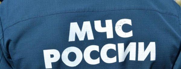 В Симферополе спасатели с носилками спешили на помощь упавшей пенсионерке
