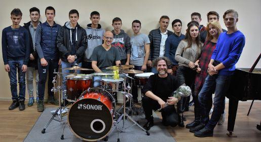 Итальянские джазмены провели мастер-класс по импровизации для студентов Симферопольского музучилища