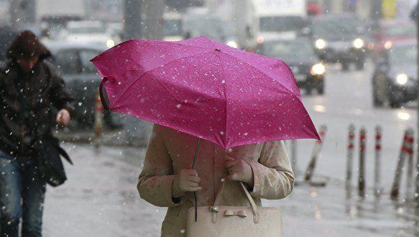Непогода идет: в воскресенье в Крыму ливни, мокрый снег и сильный ветер