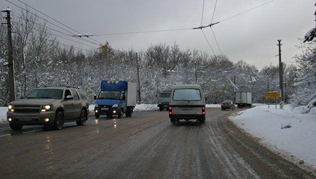 Мокрый снег и ливни: в Крыму предупредили водителей о надвигающемся коллапсе