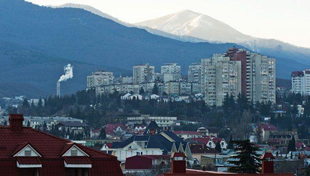 Отставки, дороги и война с самостроями: Аксенов подвел крымские итоги года