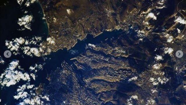 Вид из космоса: Шкаплеров показал с МКС Крымский мост и Севастополь