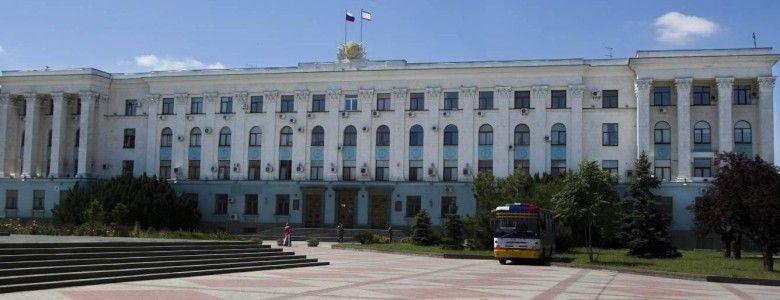 Выездные приемы крымские власти возобновят в начале года