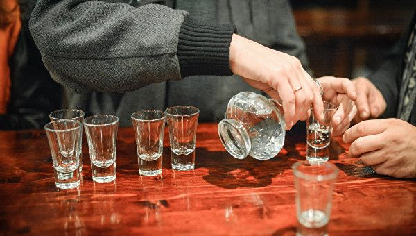 Ученые: спирт необратимо влияет нагенетику человека