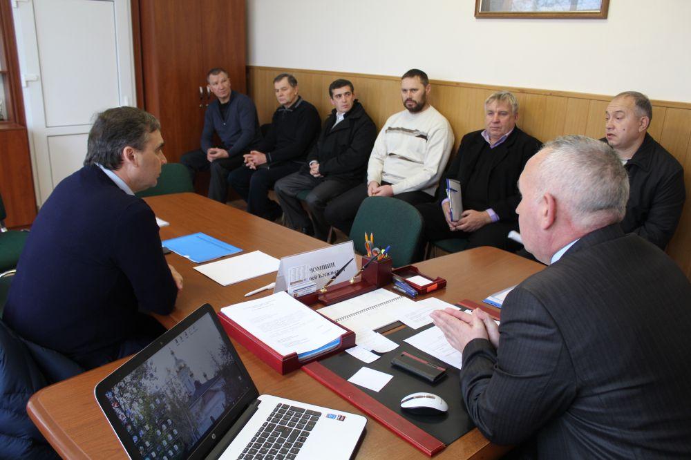 Андрей Рюмшин провел личный прием граждан в Сакском районе