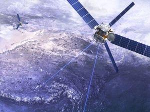 За морем и воздухом в Крыму следят через спутники