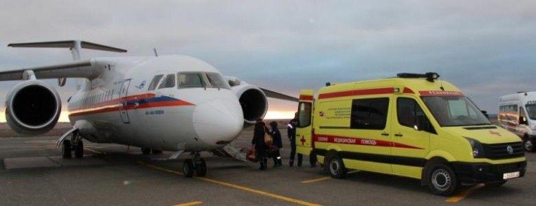 Из Симферополя тяжелобольных крымских детей отправили самолетом в Москву
