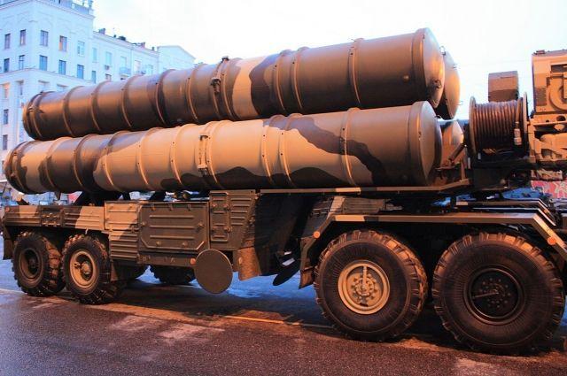 Расчеты ЗРК С-400 «Триумф» заступили набоевое дежурство намысе Фиолент