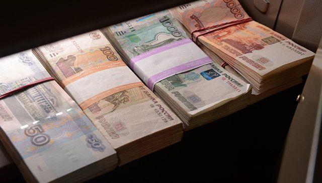 Крымчане получили соцвыплаты на 10 миллиардов рублей