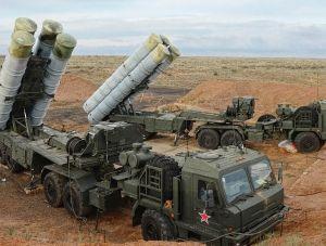 В Севастополе развернули дивизион С-400 «Триумф»