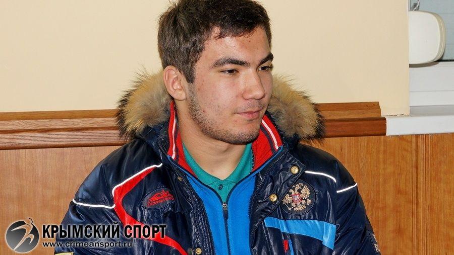 Знакомьтесь: один из лучших борцов Крыма греко-римского стиля Азамат Сеитов