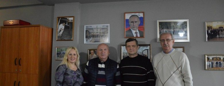 Почетный гражданин Ялты Анатолий Мирзоян в день рождения принимал поздравления