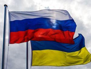 Киев отклонил поправку о разрыве дипотношений с Москвой