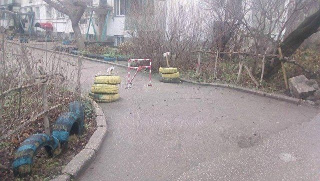 Евпаторийцев будут штрафовать за самовольно перекрытые проезды во дворах