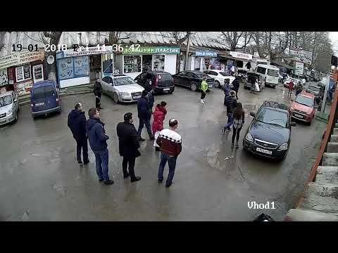 В Севастополе потерявшая сознание женщина за рулем столкнулась с четырьмя машинами