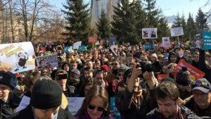 В Крыму запретили митинговать до выборов