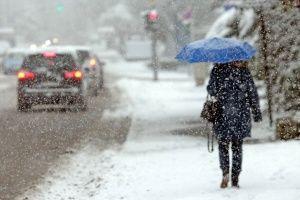 На Крым движутся сильные дожди со снегом