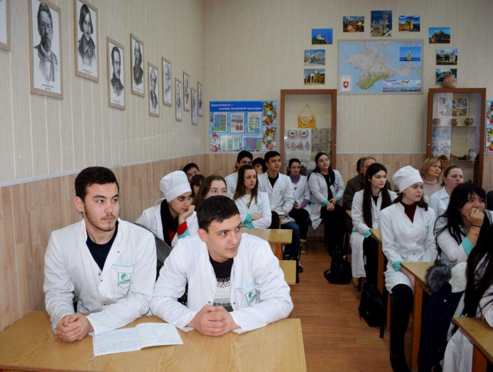 Студенты Евпатории интересуются развитием города