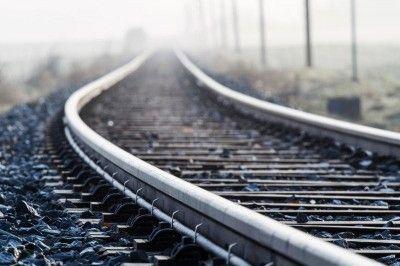 Украина с марта запустит поезда к границе Крыма