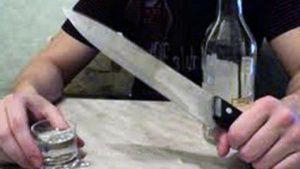 Пьяный крымчанин хотел зарезать гражданскую жену