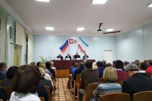 На что Аксенову пожаловались жители Советского района?