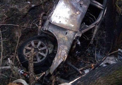 В иномарке на крымской трассе сгорела девушка