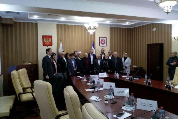 Глава Крыма встретился с представителями Совета крымско-татарского народа