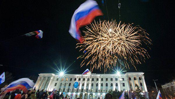 """""""Дискотека Авария"""" и 324 мероприятия: как Крым отметит годовщину рефеерендума"""