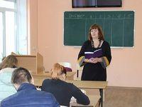 Специалисты МЧС Республики Крым провели деловую игру по дисциплине ОБЖ в информационно - методическом центре г. Симферополя