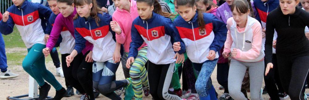 В Ялте состоялся легкоатлетический пробег, посвященный четвертой годовщине воссоединения Крыма с Россией