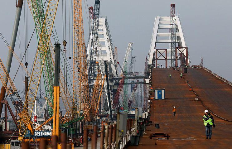 Движение по автодорожной части Крымского моста может вводиться поэтапно