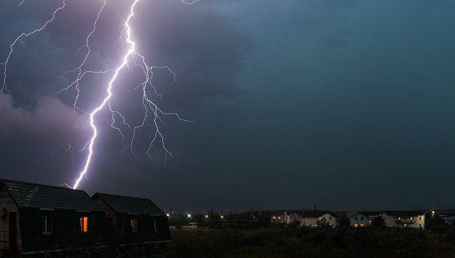 Капризы погоды: на Крым обрушатся ливни, грозы и шквал