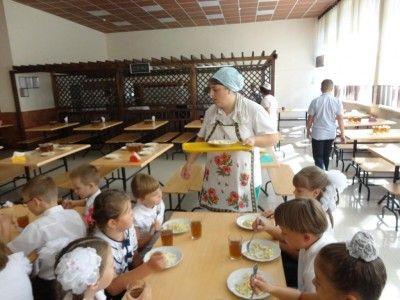 Севастопольских школьников кормят на 100 рублей в день