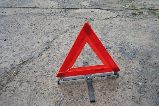 ДТП под Судаком: фура «зажала» легковой автомобиль