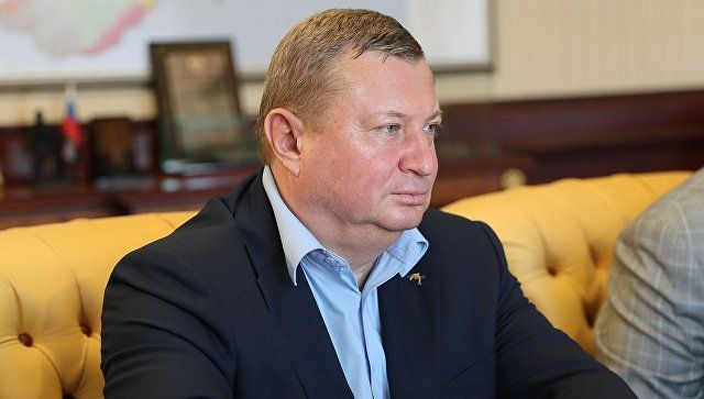Аксенов анонсировал отставку главы Минтранса РК