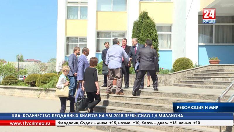 «Извините меня, но Трамп – идиот!» - сын Че Гевары прибыл в Крым, чтобы обсудить международные отношения, открыть фотовыставку в честь отца и встретиться с Главой Республики